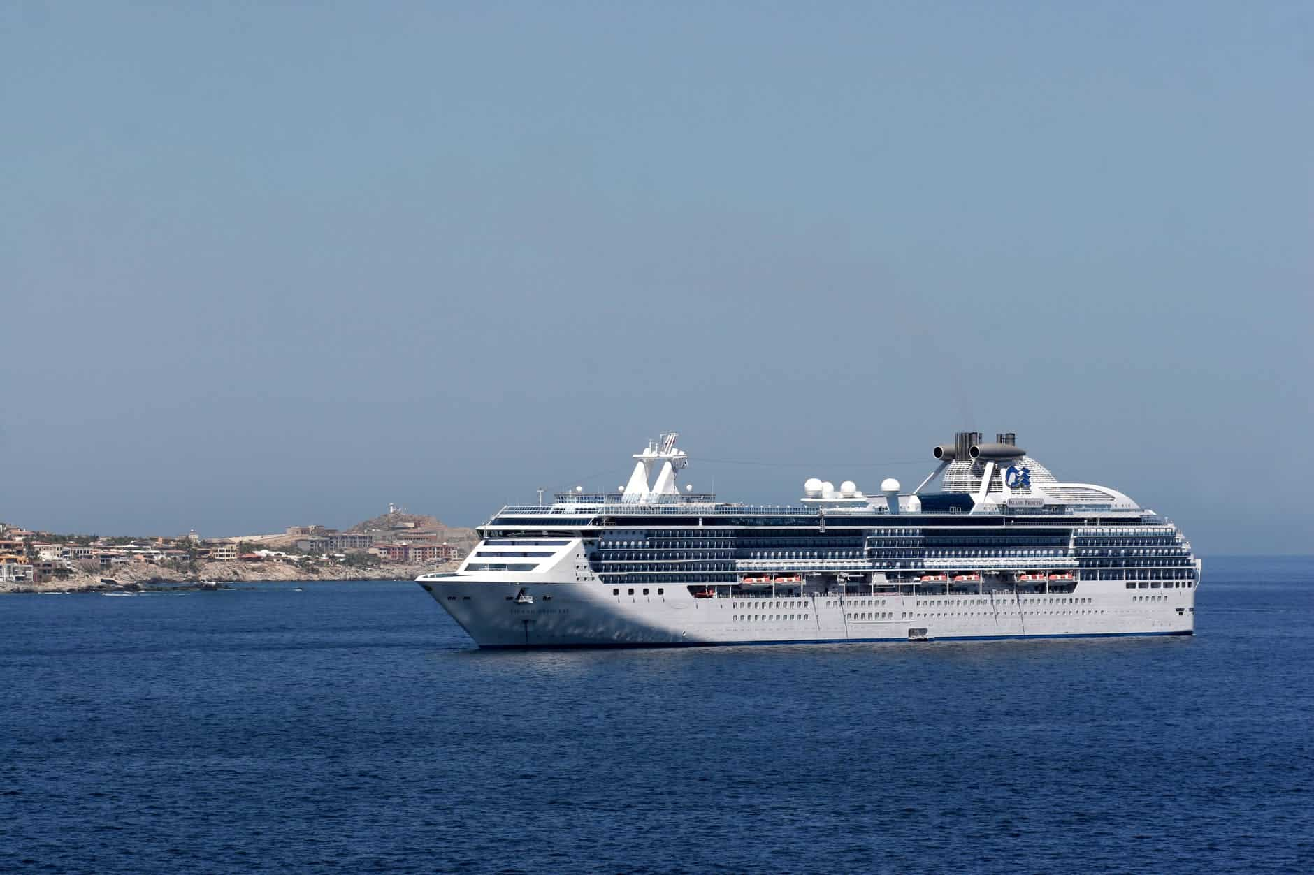 Last-Minute Cruise; Voyage Of Waters Around The World
