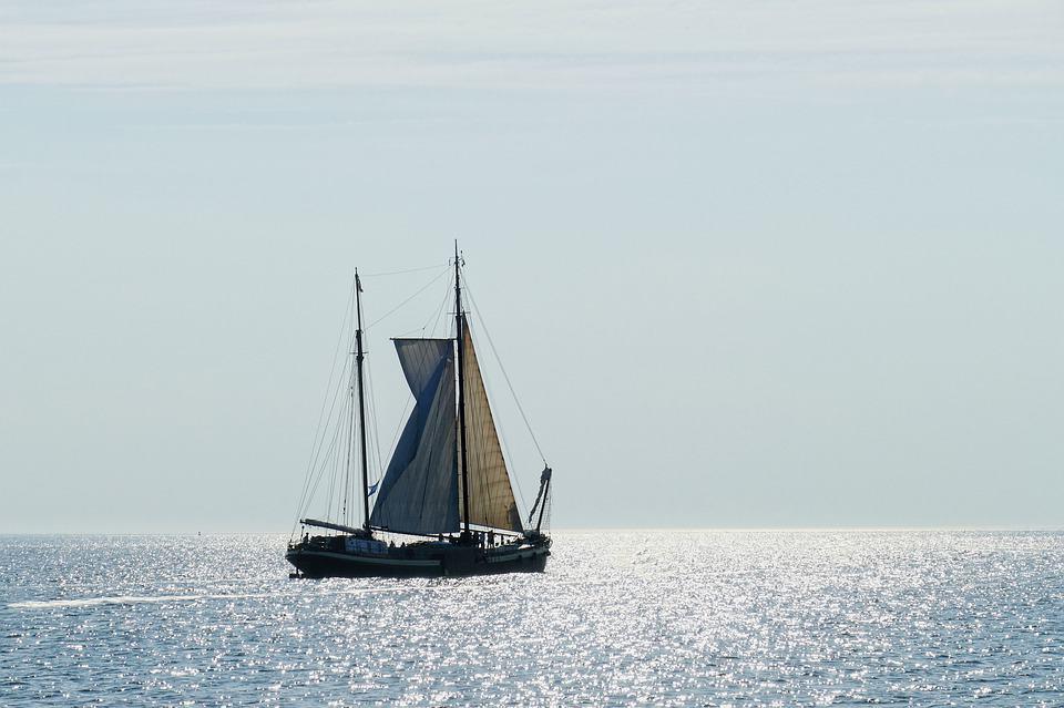 Enjoy The Sea With Ocean Sailing