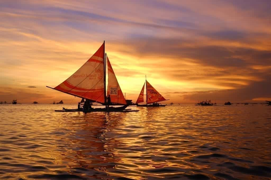 Love Your Sails As They Need Some Love