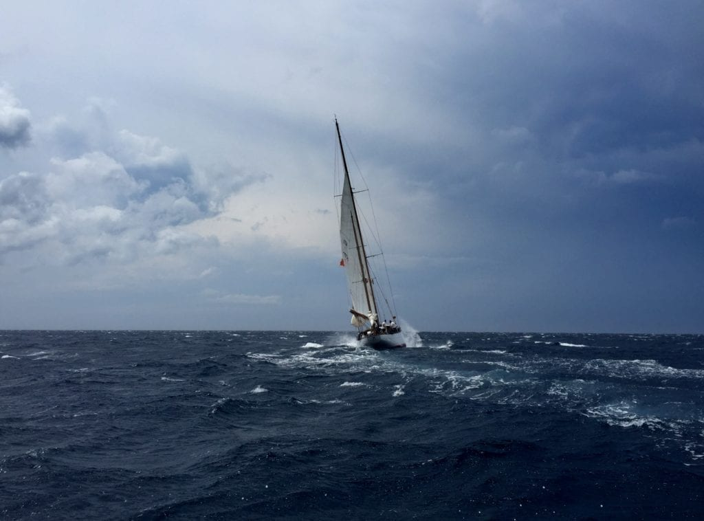 Sailing As An Experience: Experts Advice