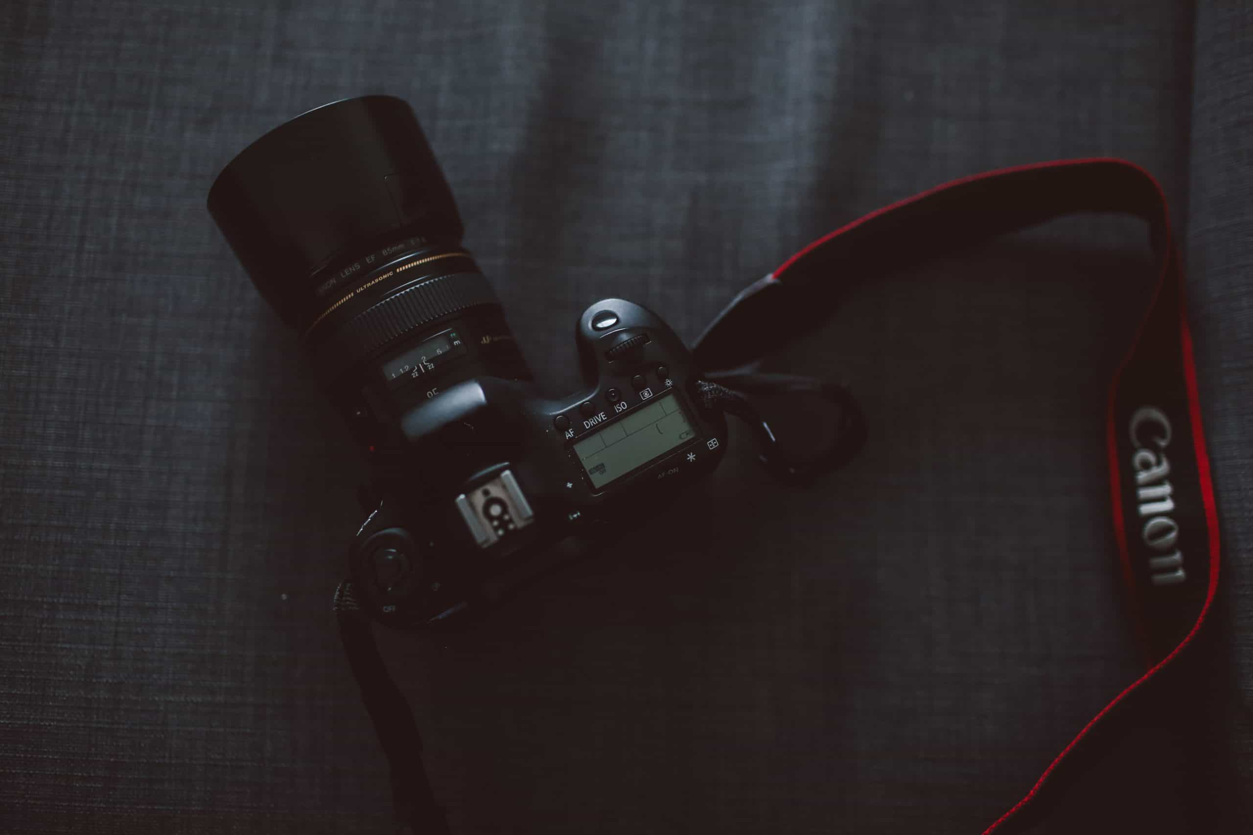 Best Camera Hand Strap: That Can Help To Take A Stunning Picture